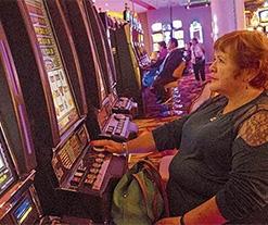 Casinos serían fiscalizados como grandes contribuyentes